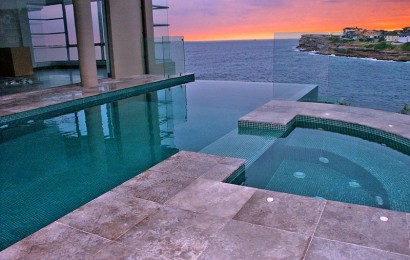 Breathtaking cliff top infinity pool