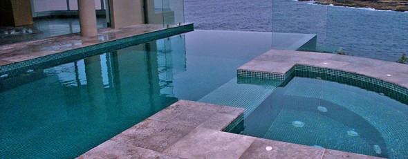 Breathtaking cliff top infinity pool